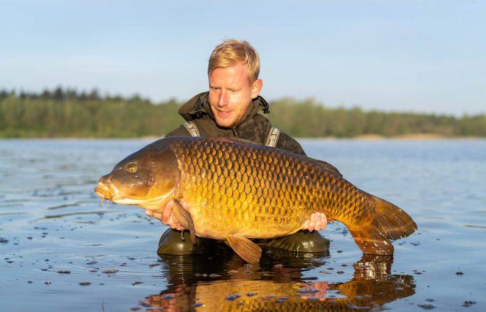 VIDEO: Mark Hofman vist bij Fishing Adventure Enschede